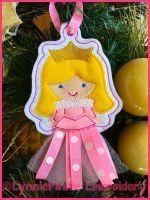 In the Hoop 3D Skirt Princess Christmas Ornament 2 4x4