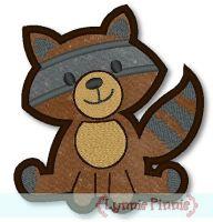 Raccoon Applique 4x4 5x7 6x10
