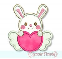 Sweetheart Valentine Bunny Applique 4x4 5x7